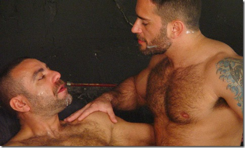 hot-older-male-rough-and-ready