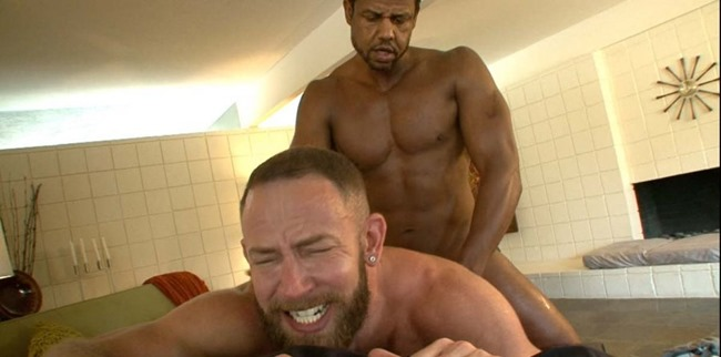hot-older-male-shay-micheals-and-aron-ridge
