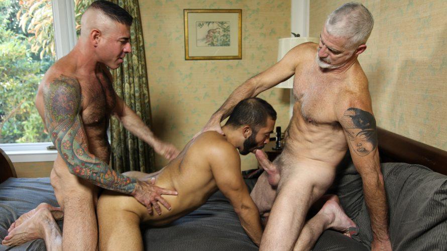 hot-older-gay-men