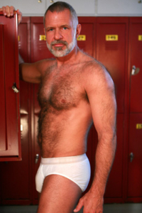 hot older male galleries